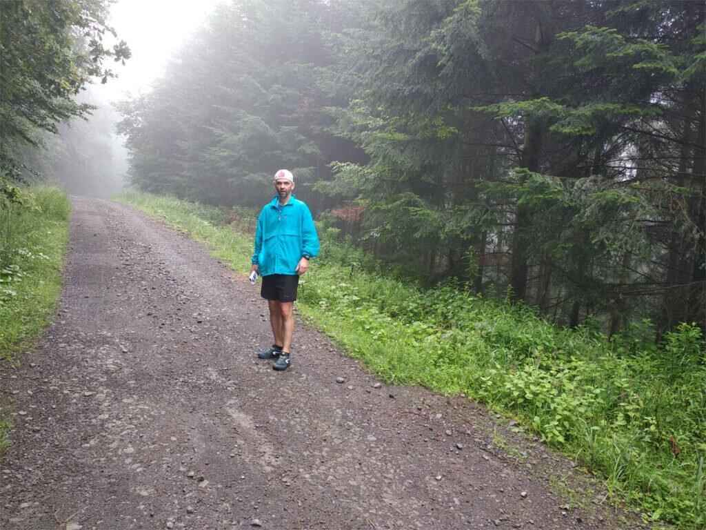 Piotr Krzyworączka na szlaku
