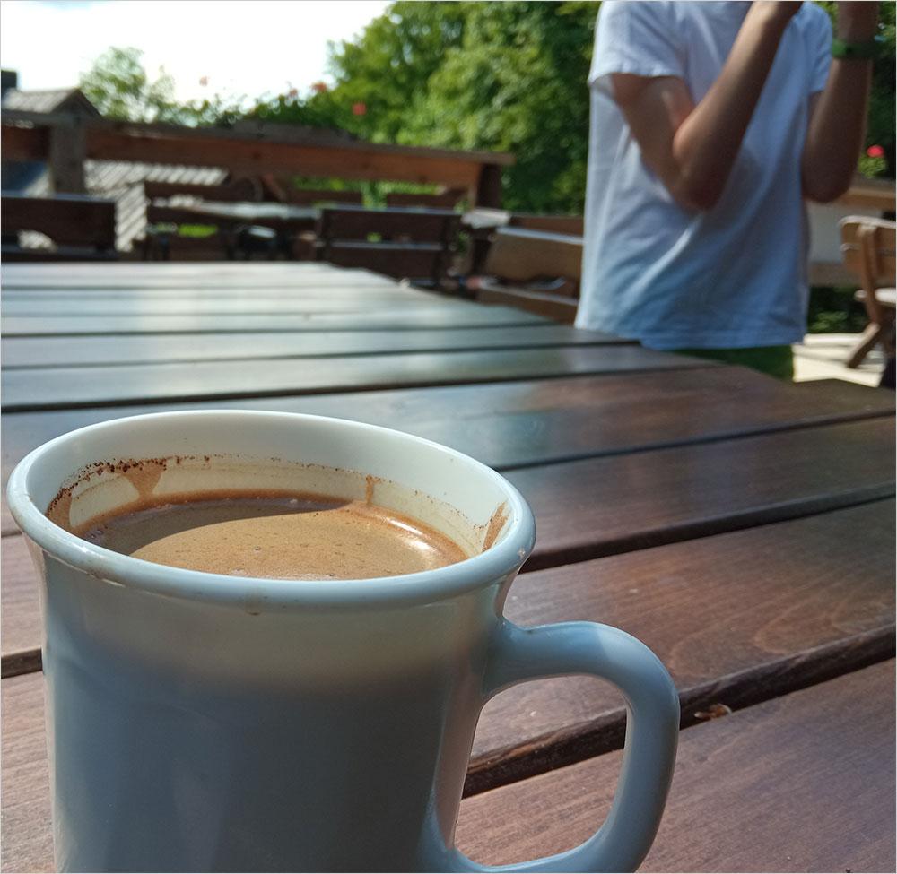 Kawa w schronisku