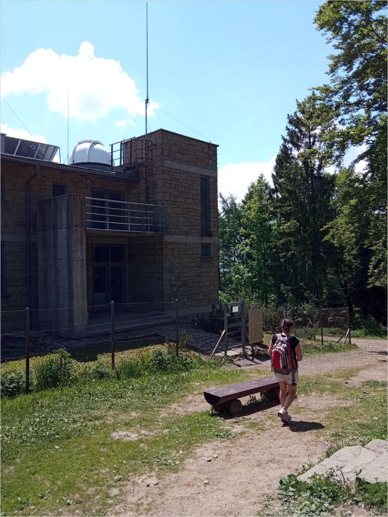 Wejście do obserwatorium